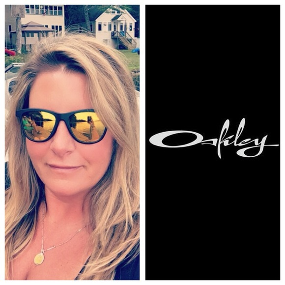 6735daedf0 Oakley Women's Polarized Moonlighter Sunglasses. M_5a3876b89cc7efba0300877f